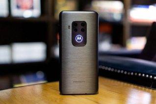 Moto One Zoom Tanıtıldı - Fiyatı ve Özellikleri
