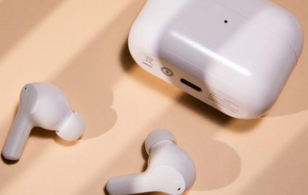Earbuds 2 SE